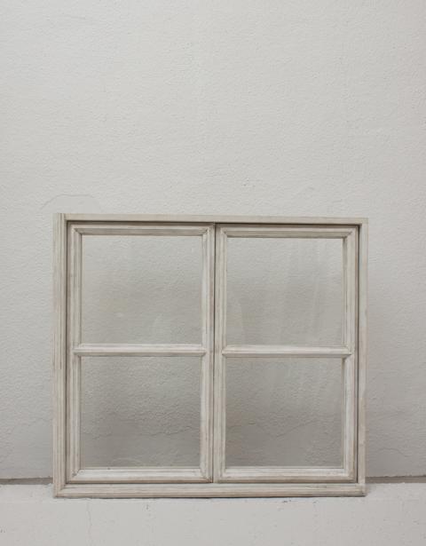 アンティーク窓(ガラス入り開閉タイプ)